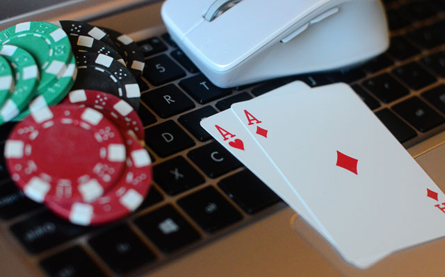 Main Poker Taruhan Pulsa Transaksi Deposit Lebih Mudah